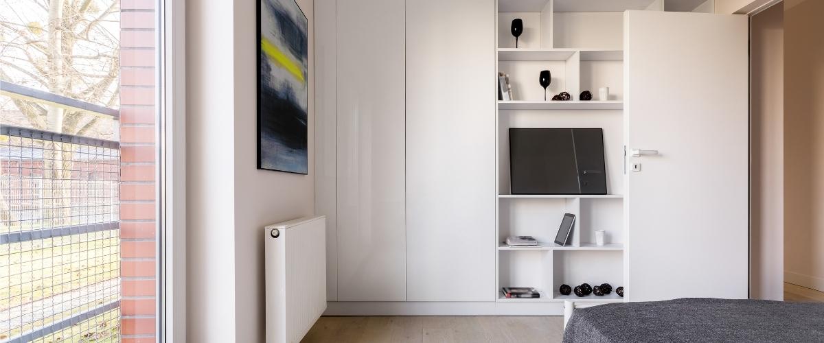 armadio laccato bianco