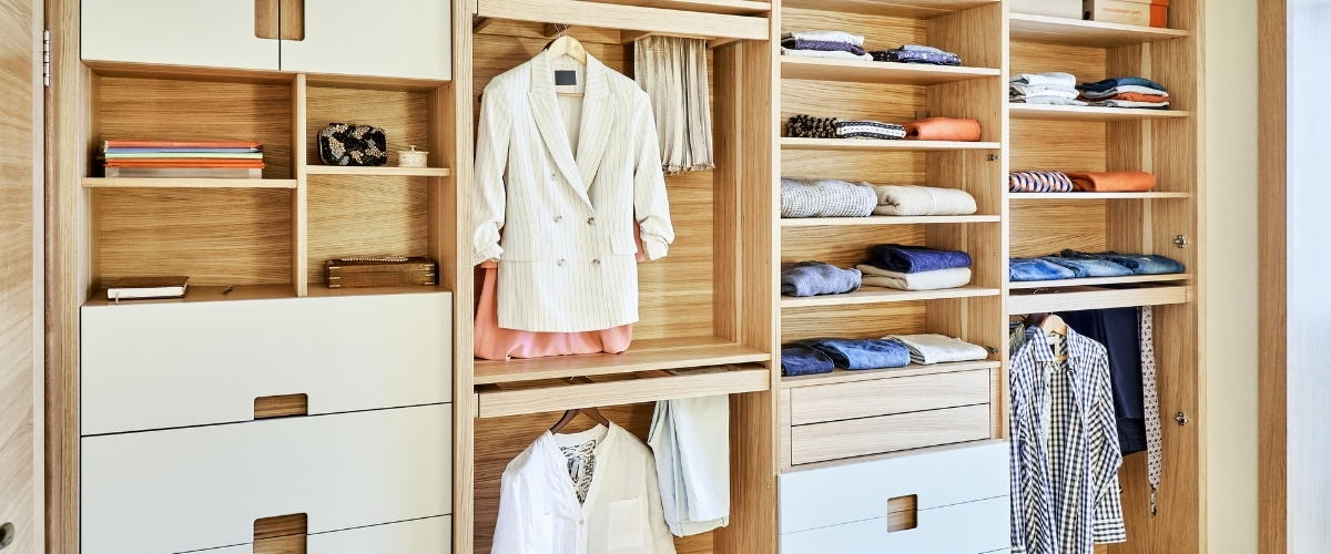 cassettiere di un'armadio
